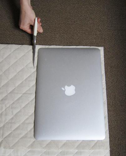 01cutting_macbookair.jpg