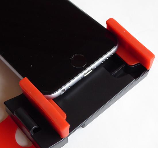 05iPhone6を挟んだ状態・スマ.jpg