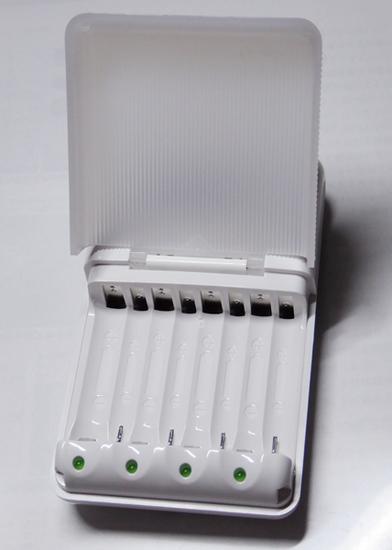 06充電器挿入部.jpg