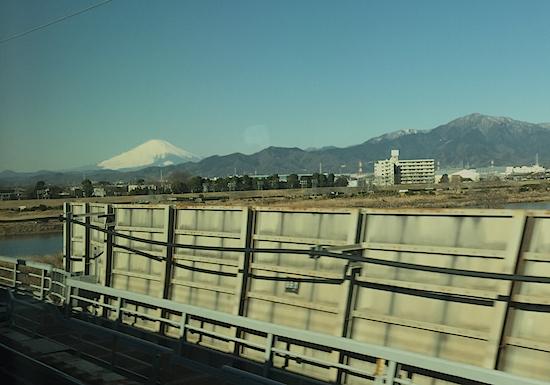 201602新幹線からの富士山平塚付近.jpg
